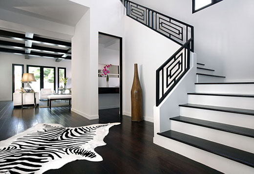 Lavish And Stylish Black And White Bedroom Designs