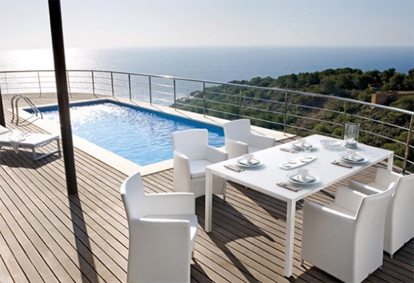 Outdoor Water Edge Pool Patio Furniture