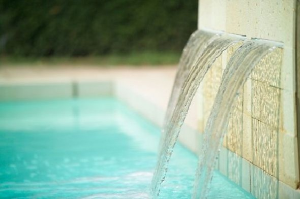 charming swimming pool fountain powerfall by zodiac pooclare Design8