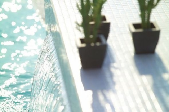 charming swimming pool fountain powerfall by zodiac pooclare Design5