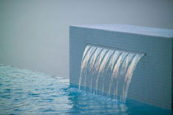 charming swimming pool fountain powerfall by zodiac pooclare Design3