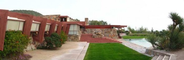 Home and Office Frank Lloyd Wright house10