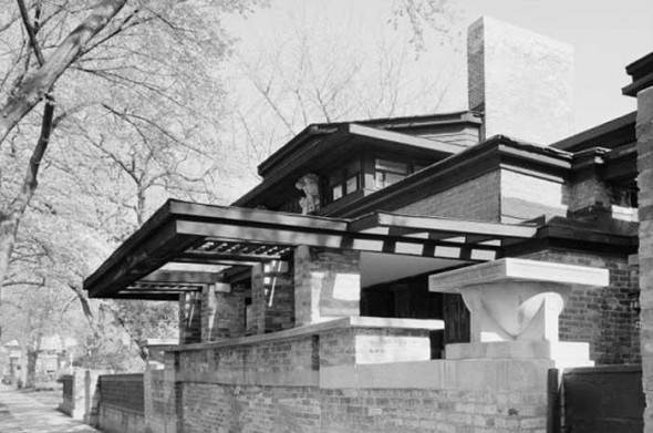 Home and Office Frank Lloyd Wright house1