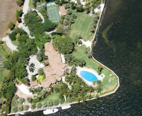 lebron james house landscape