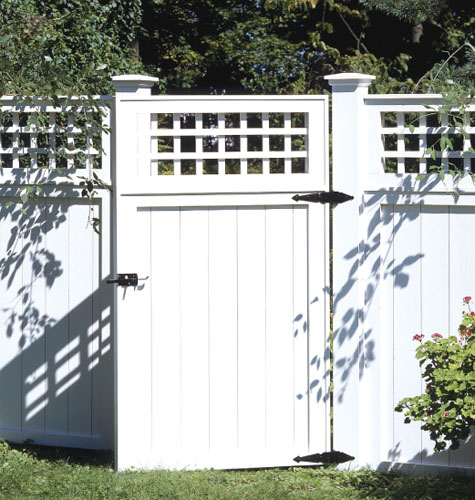 Classic Backyard Fence view, How To Build A Classic Backyard Fence