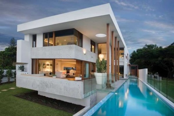 Contemporary Riverfront Residence