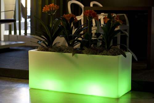 Green Llum Built In Lighting Garden Pots