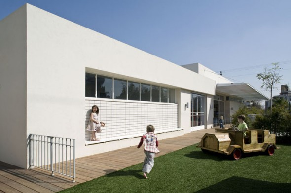Modern Private Kindergarten, 14 Too Cool For School_kidsisrael5