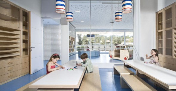Modern Private Kindergarten, 14 Too Cool For School_kidsisrael7