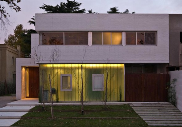 Modern Square House with Back Garden