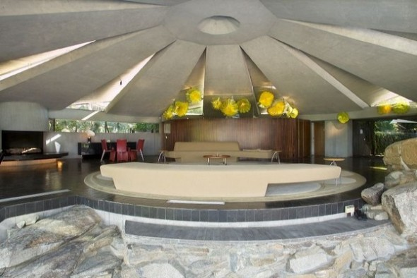 The Elrod House by John Lautner living room view from The Bond's Movie
