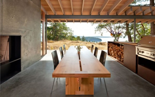 Interior Design Dining Room With Long Wooden Table With A Beautiful View