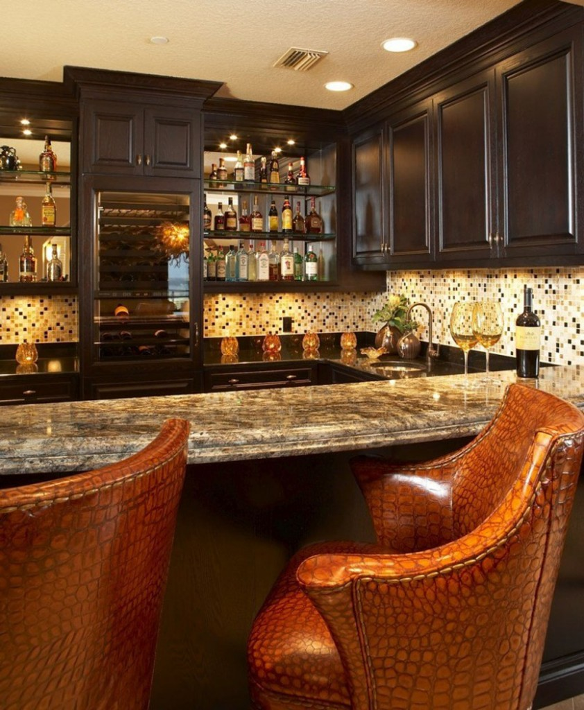 Lavish Home Bar Idea
