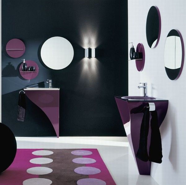 purple bathroom design by Novello Interior