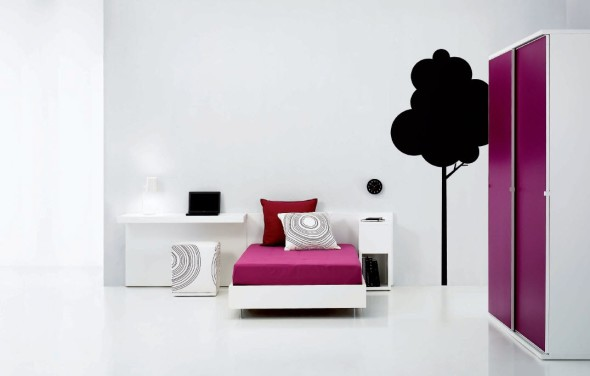 Bedroom Decor Ideas by Carlos Tiscar with White Wall