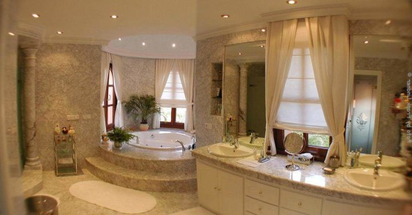 Luxury Bath Room Interior Design Ideas