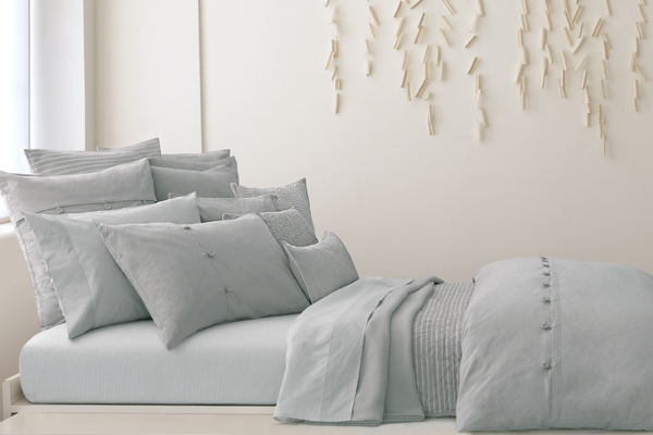 DKNY Pure Comfort Rainwater pillow Collection