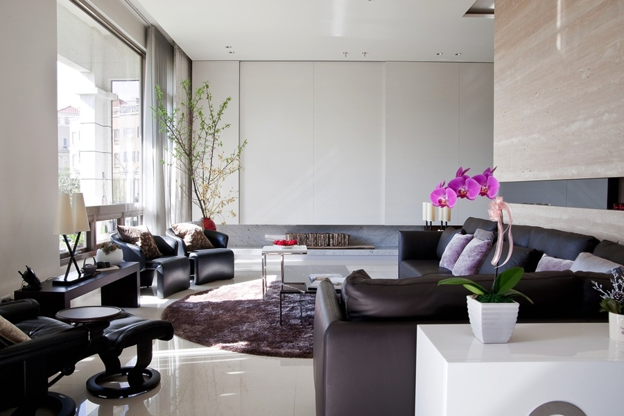 Elegant Black White Asian Living Room