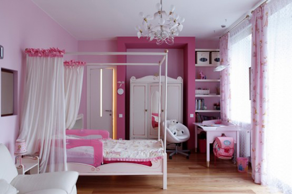 Fresh Fashionable Purple Kid Bedroom