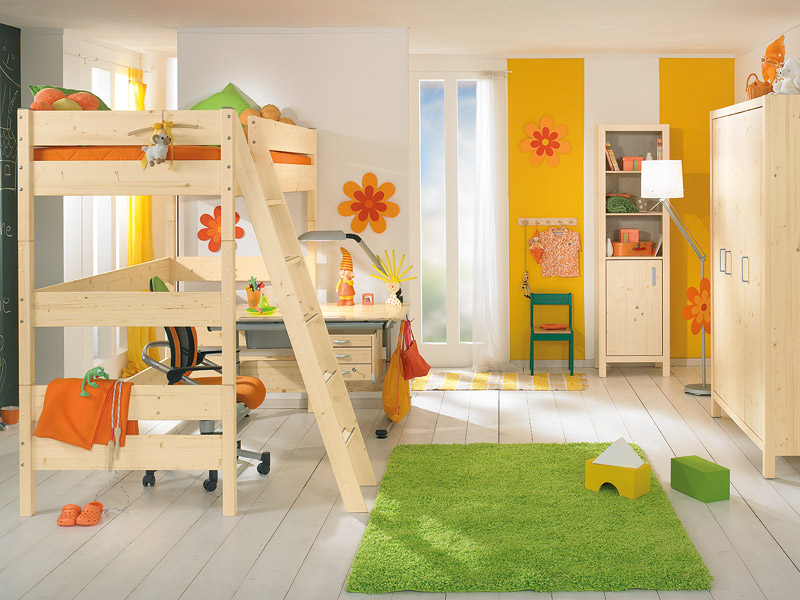 Pinetta loft bed by Paidi