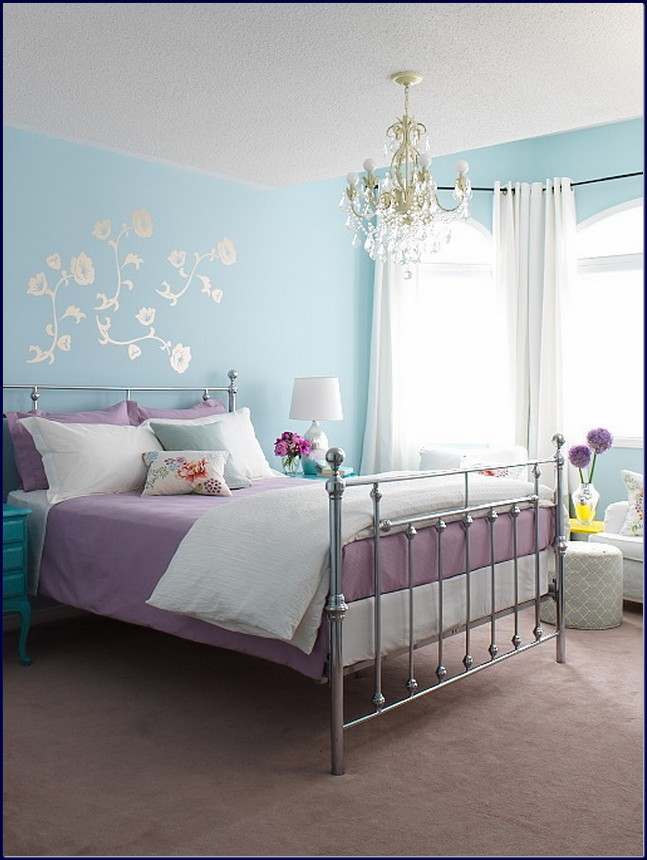calming blue lilac bedroom