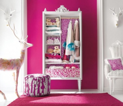 Decorate Bedroom with Pink-christmas storage