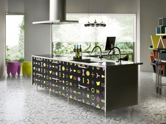 Black Kitchen Island Design idea