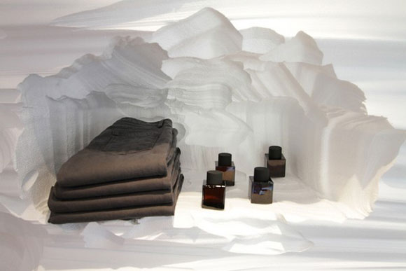 Artistic Store Interior Decorating with Cavern Themes5