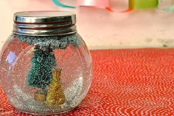 DIY Snow Globe Christmas