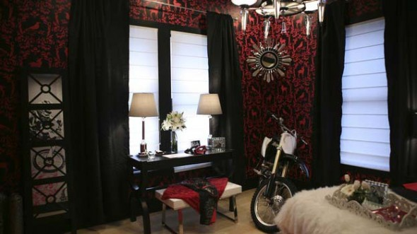 Motorcycle Theme Decorating for Woman Bedroom design