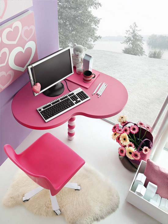 Pink desk and chair in heart shape