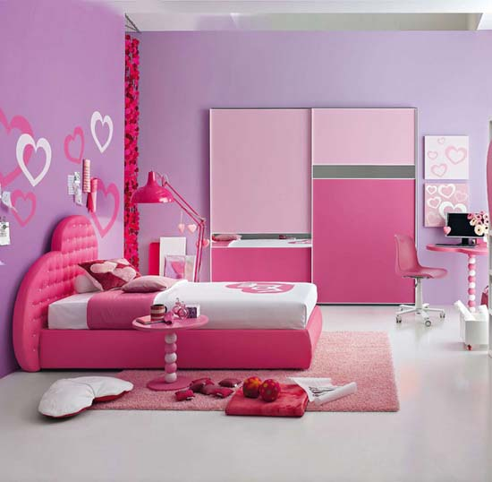 princess bedroom design in pink and purple