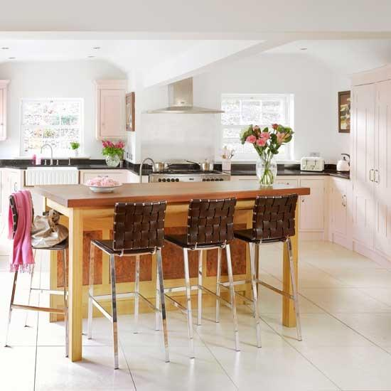 Stylish pink kitchen decoration ideas for Kitchen decoration pink