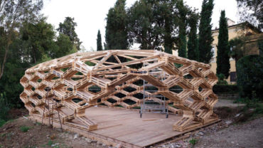 Recycled Pallet Pavilion by Avatar Archit