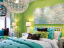 bedroom featuring a refreshing green decor