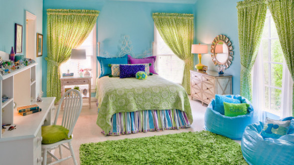 bedroom with vibrant green accents