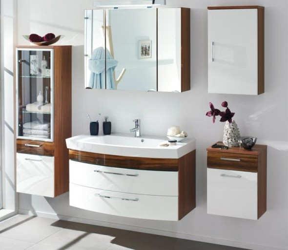 Wooden Bathroom Storage and Cabinet