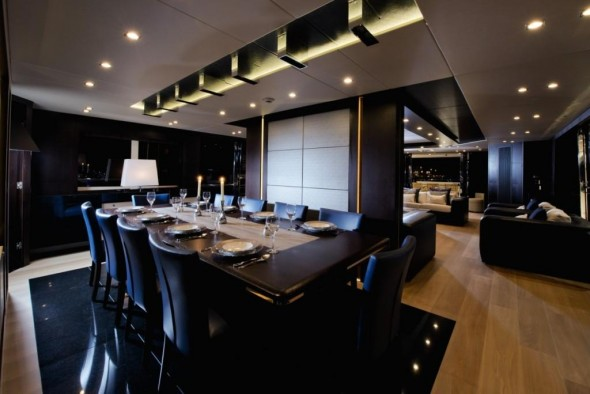 Luxurious Homes Interior Design - dining room