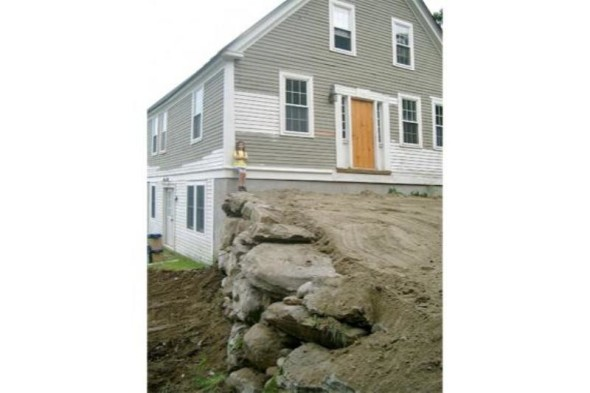 Big Stones-Retaining Wall Ideas