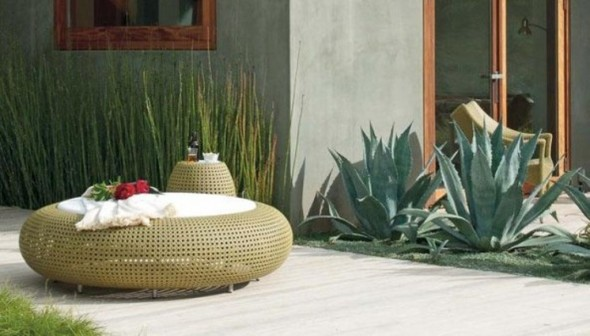 Circular Ottoman in Wicker and Side Table