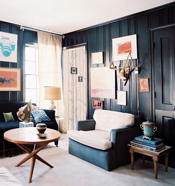 black wall interiors