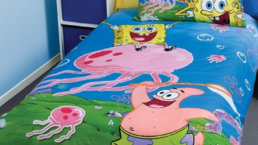 blue and yellow spongebob kids bed