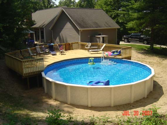 Round pool deck on the yard - Home Decorating, Interior ...