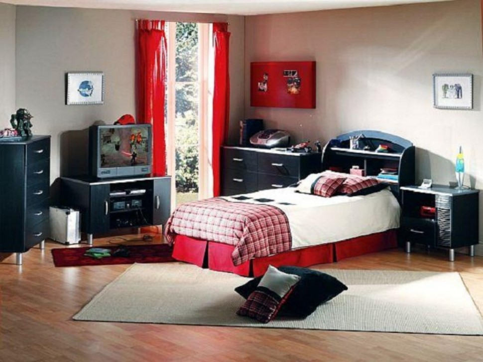 Bed Decorating  Show me Your Teen Boy Room by Annkathryn. Bed Decorating  Show me Your Teen Boy Room by Annkathryn Image