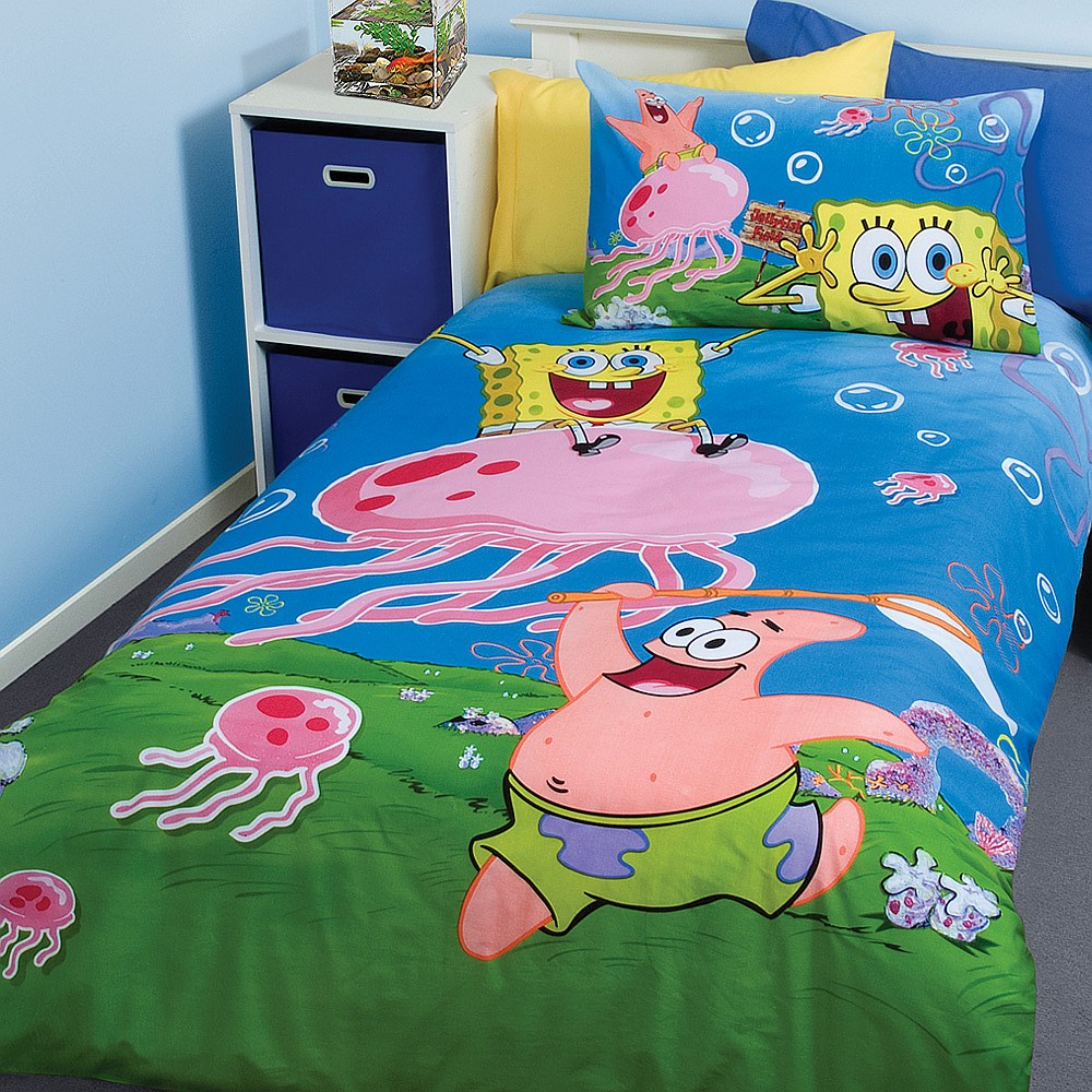 blue and yellow spongebob kids bed  sc 1 st  ModernHolic & SpongeBob SquarePants Kids Bed Room Design u2013 Home Decorating ...